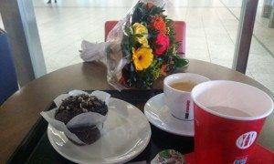 Blumen, Kaffee, Kuchen
