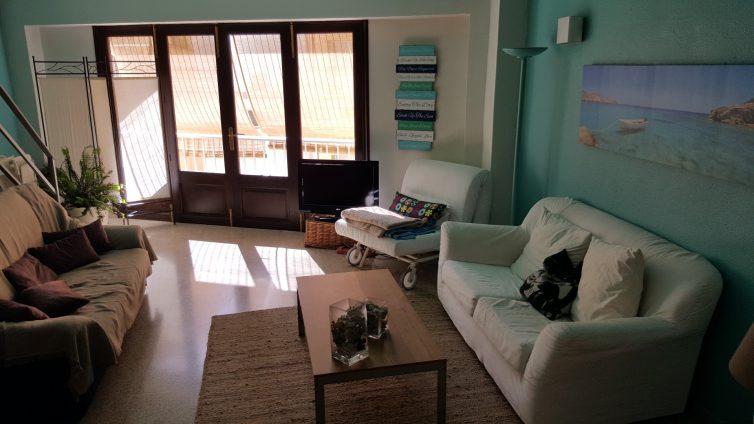 Wohnzimmer im bedndesk Mallorca